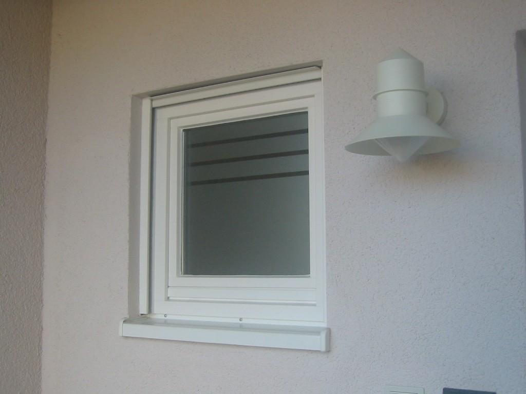Folie & Mehr für Sicht Blend und UV Schutz